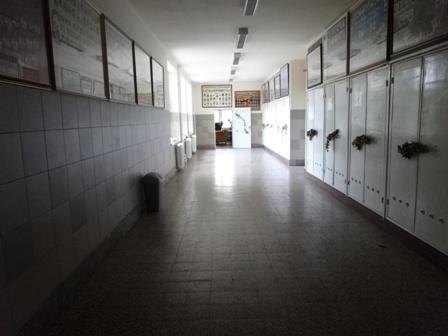 卒業式 廊下
