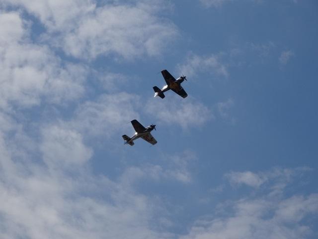 飛行機 二機