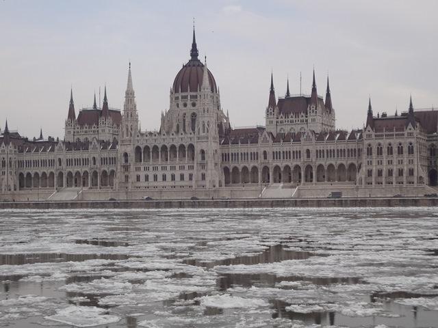 国会議事堂・流氷