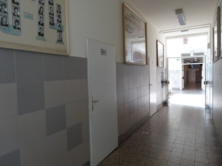 フニャ高廊下