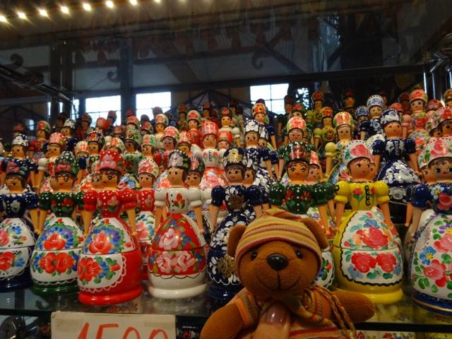 ハンガリー人形