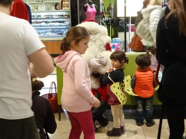 サンタと子ども3
