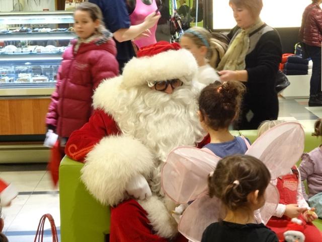 サンタと子ども4