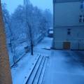 会議中の雪