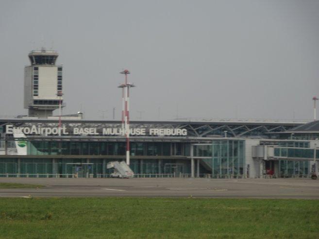バーゼル=ミュールーズ空港