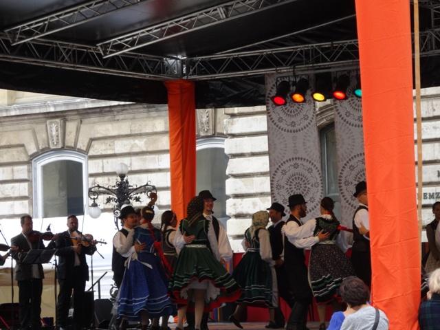 民族舞踊と音楽