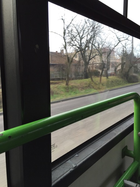 雨漏りバス1