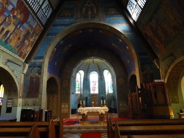 ゼベゲーニ教会内部1