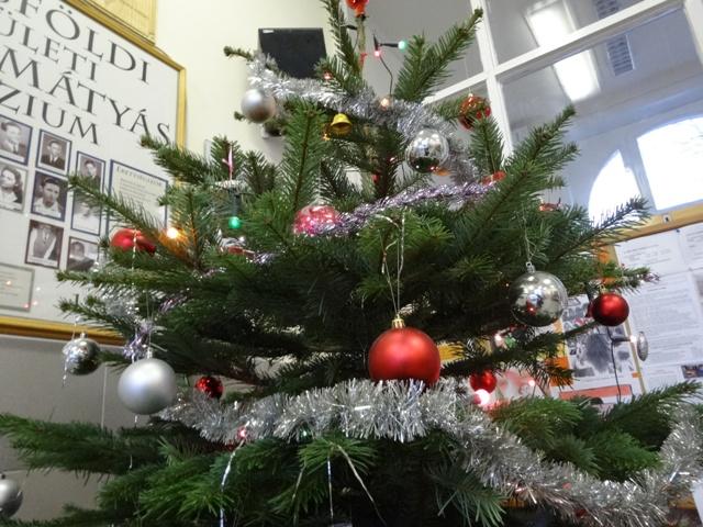玄関ホールのツリー2