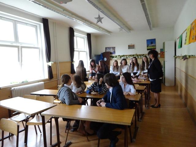 101教室