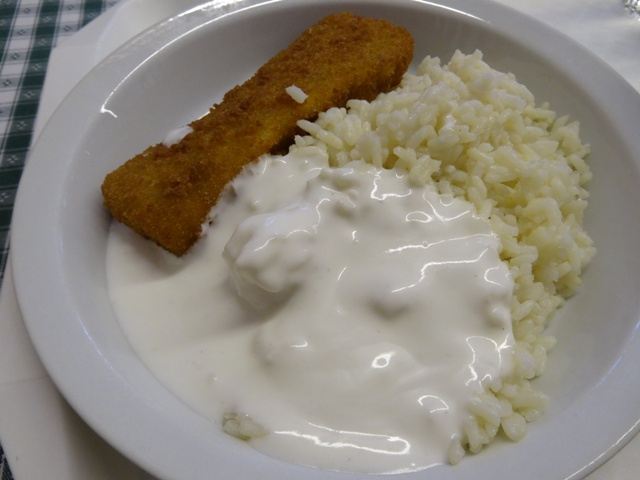 白身魚のフライとゴハン