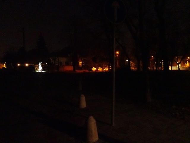 広場の灯り