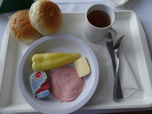 エゲル学生寮の朝食1
