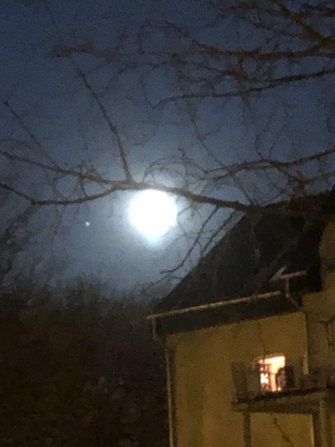 ボケボケ満月